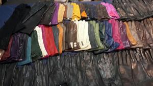 мужские и женские перчатки