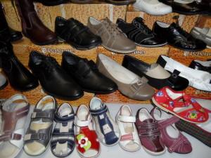 мужские туфли, детские сандалии, женские туфли
