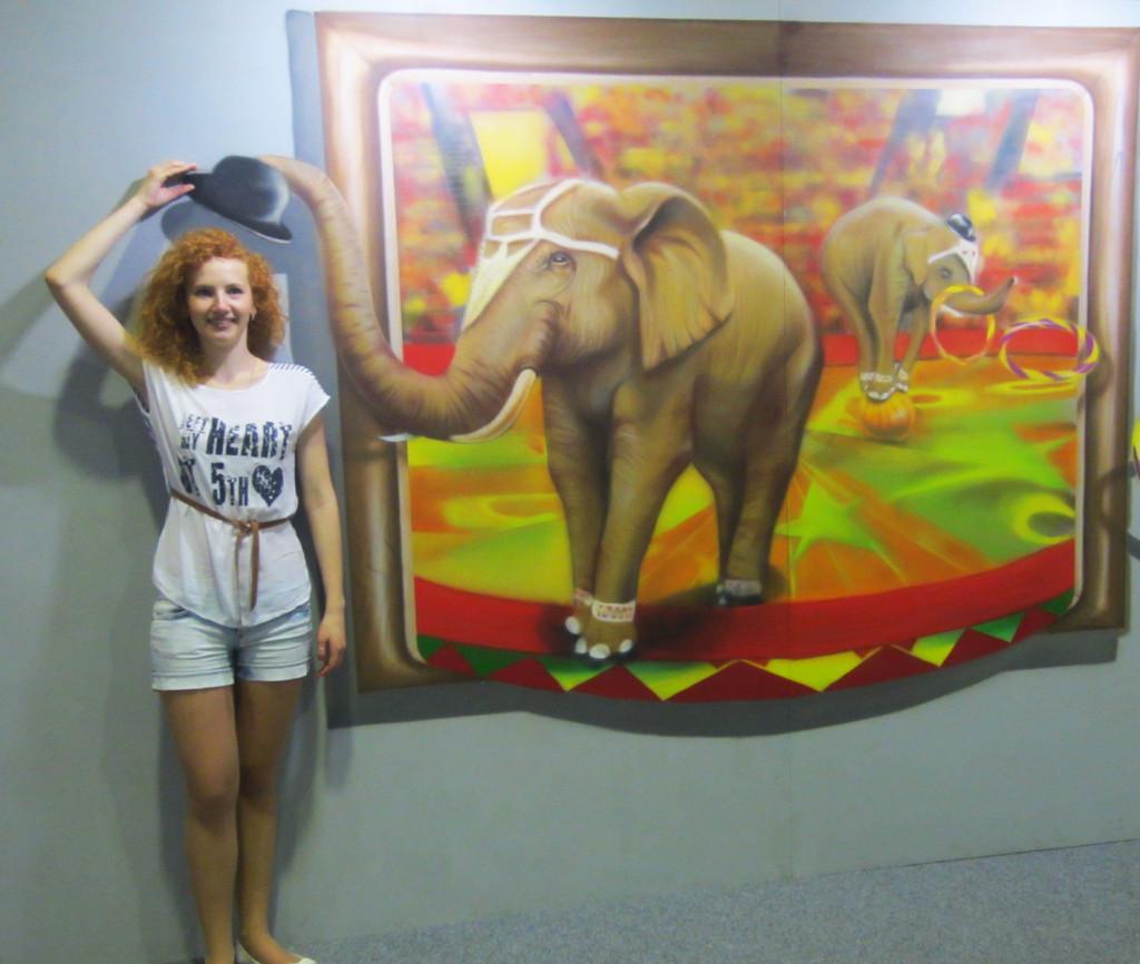 выставка 3D живописи в ТЦ Мармелад