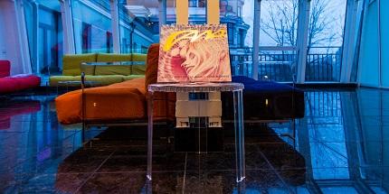 22 июля в галерее ARCANE ART открылась выставка абстракций Галины Москвитиной «Мгновение вечности»