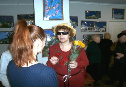 До 30-го июня в библиотеке им. Натальи Забилы проходит выставка незрячей художницы Ирины Бородюк
