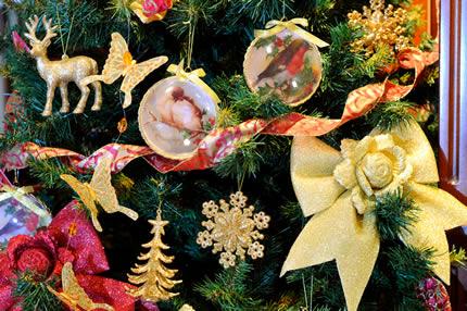 Выставка-распродажа искусственных елок онлайн