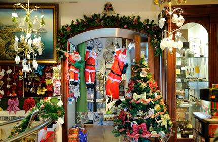 """Выставка-распродажа новогодних подарков и настольных наборов в Арт салоне """"БоссТон"""""""