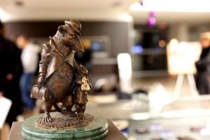 До 27 февраля в салоне Infiniti проходит выставка живописи Леонида Заборовского и скульптур Анны Волошко «Sentiment»