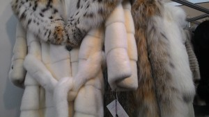 шубы на меховой выставке