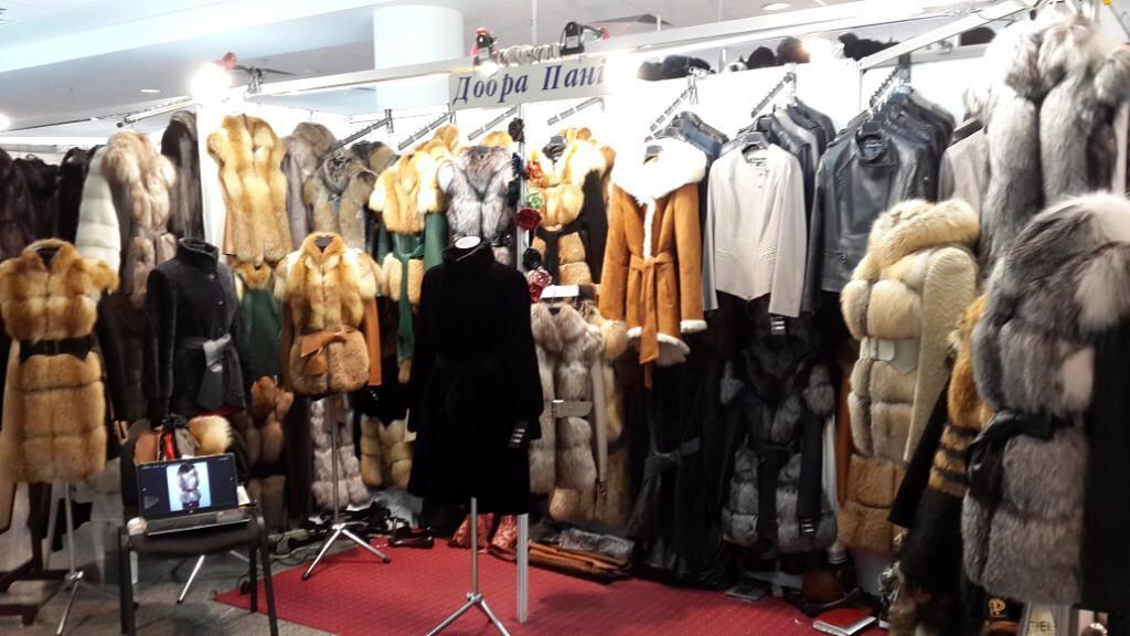 Модные дубленки, меховые жилеты, кожаные женские куртки, меховые жилетки в Киеве