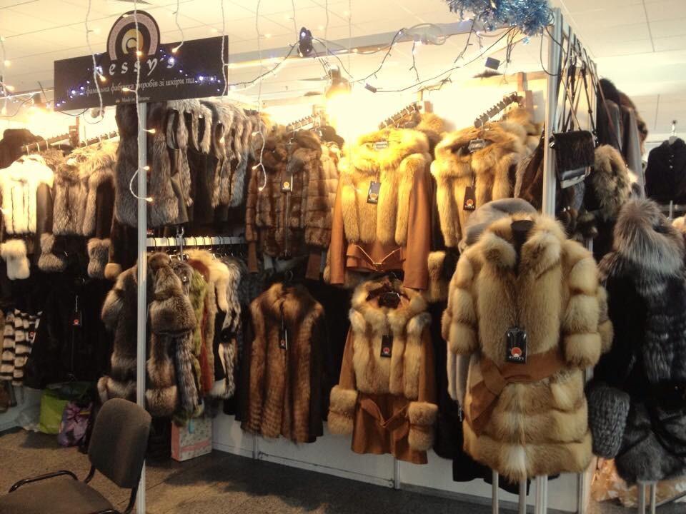 Шубы, жилеты и полушубки их меха рыжей лисы в Киеве