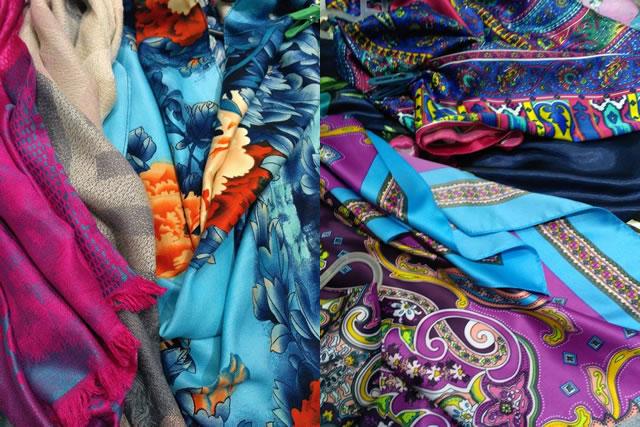 красивые атласные шарфы