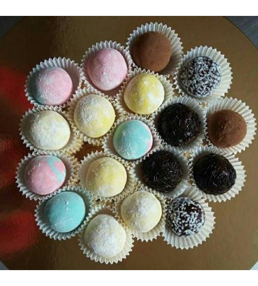 Помадка(клубничная, кокосовая, шоколадная, трюфельная)