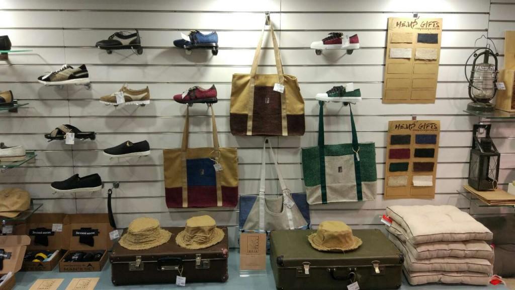Распродажа летней обуви из конопли