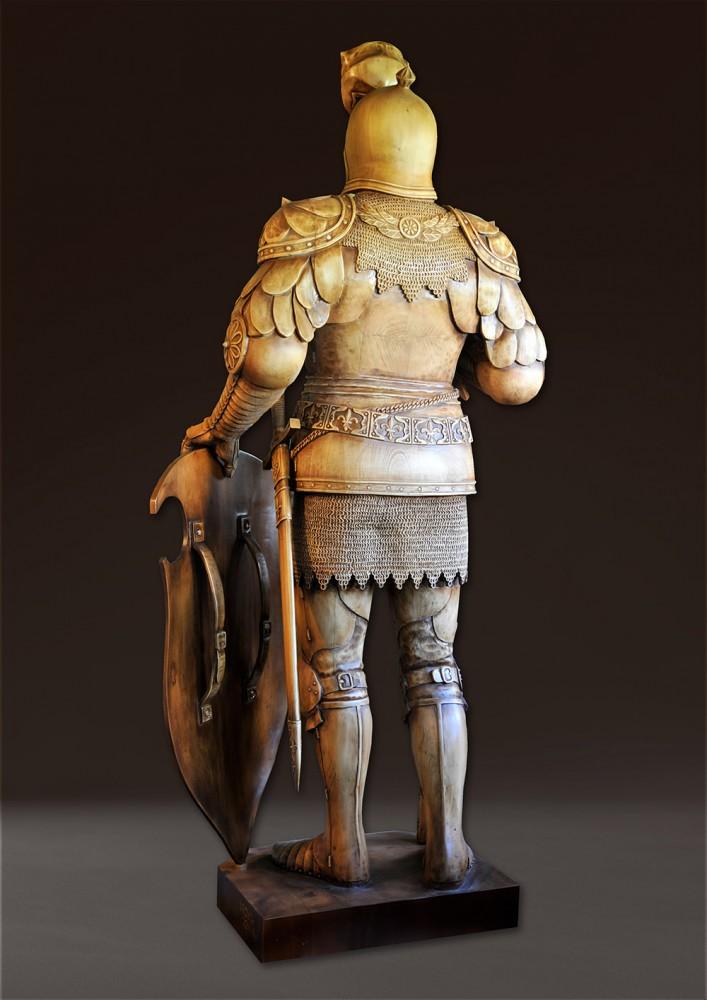 «Рыцарь ордена Тамплиеров»  Материал -дерево. Липа.  2200 х 880 мм. Владимир Ройок