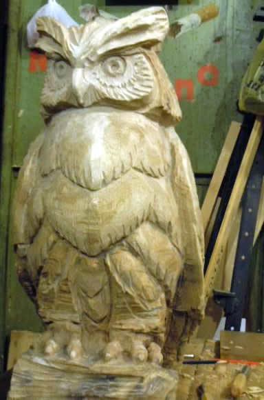 Деревянная скульптура филин