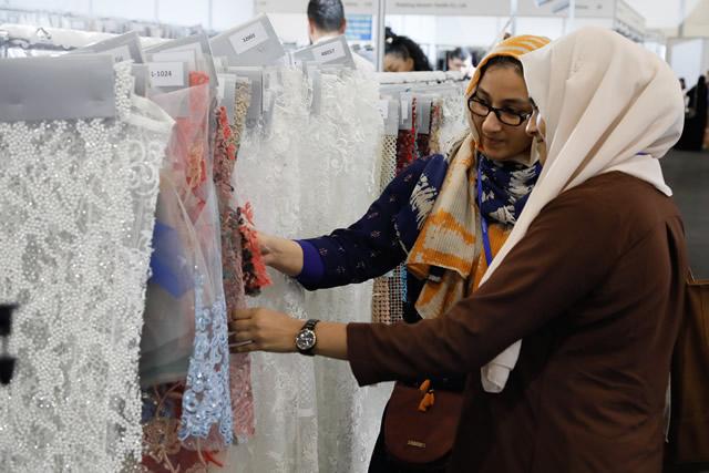 Выставка-ярмарка одежды и текстиля IATF 2018 в Дубаи