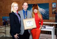 24 декабря в Lera Litvinova Gallery открылась персональная выставка картин Андрея Шмырина «14 восьмитысячников»