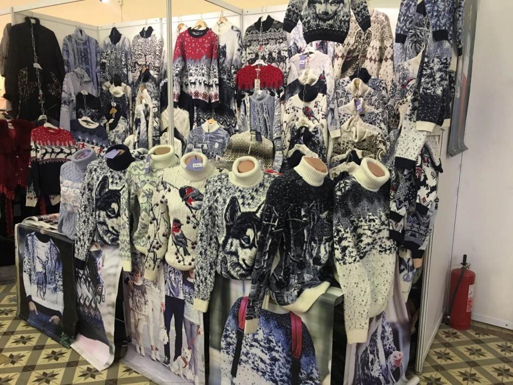 Мужские, женские и детские свитера в Киеве на выставке-ярмарке. Фото 2