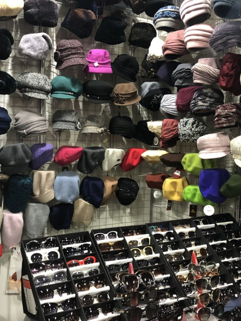 Женские шапки и шляпки