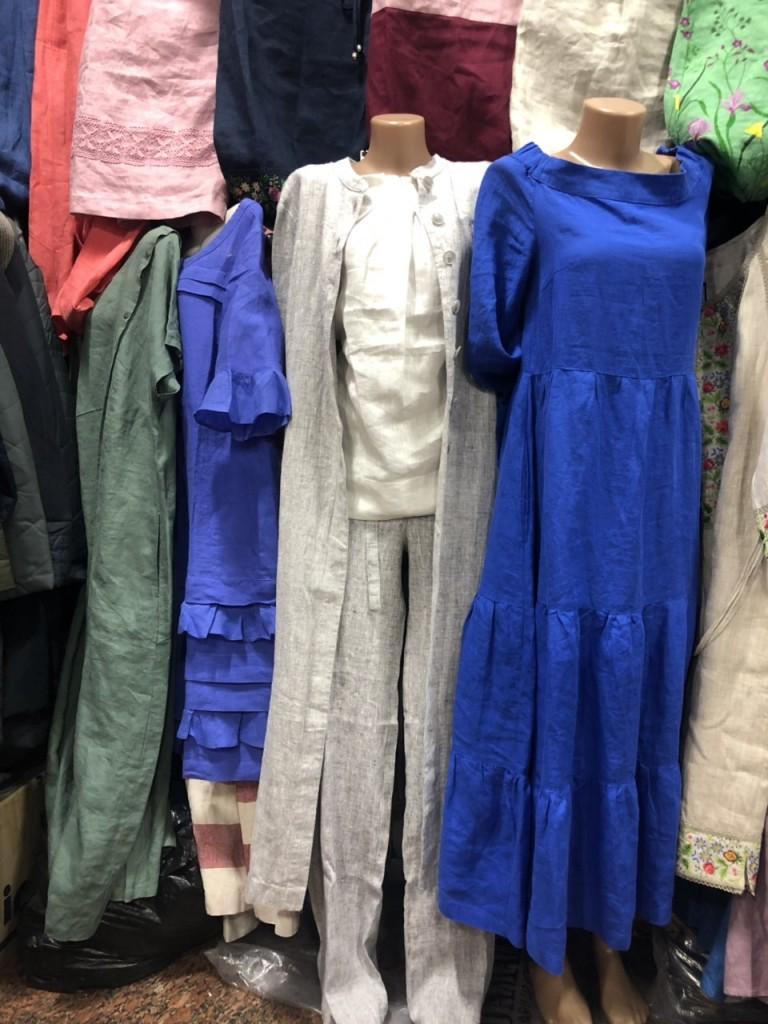 синие, серые и зеленые женские летние платья
