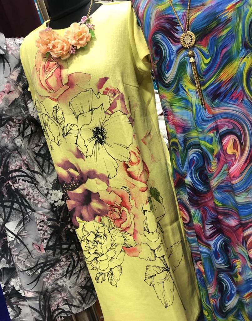 Яркие цветные платья для женщин