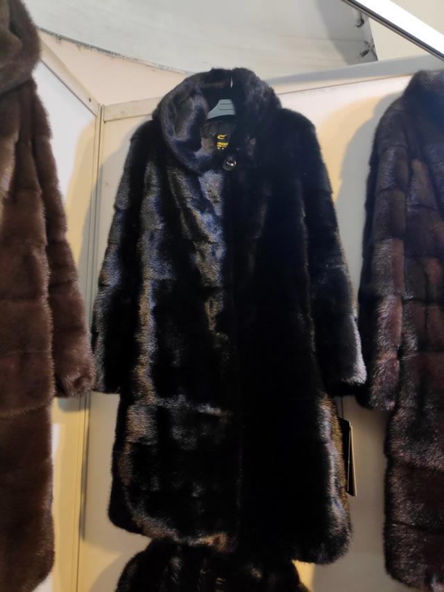 Купить норковую шубу на меховой выставке-ярмарке на ВДНХ в Киеве