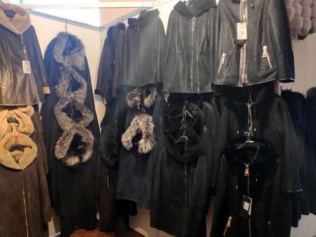 Женские осенние и зимние дубленки и кожаные куртки