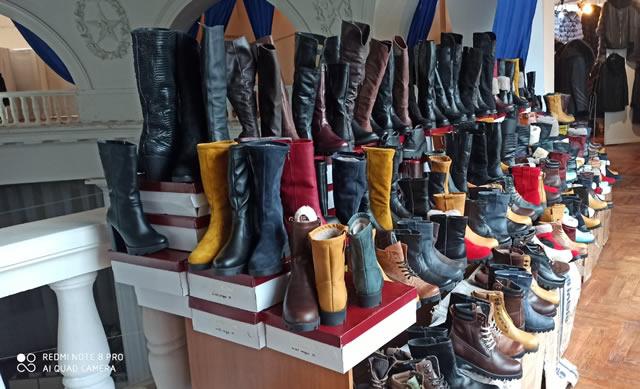 Купить зимнюю обувь на ярмарке на ВДНГ в Киеве