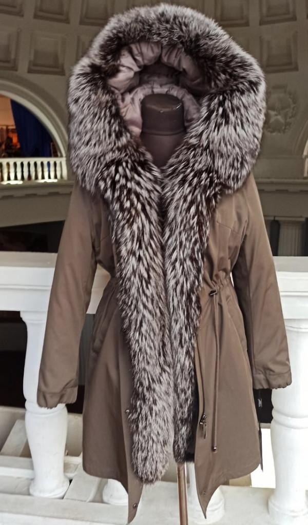 купить женскую натуральную зимнюю парку с мехом чернобурки в Киеве на ярмарке
