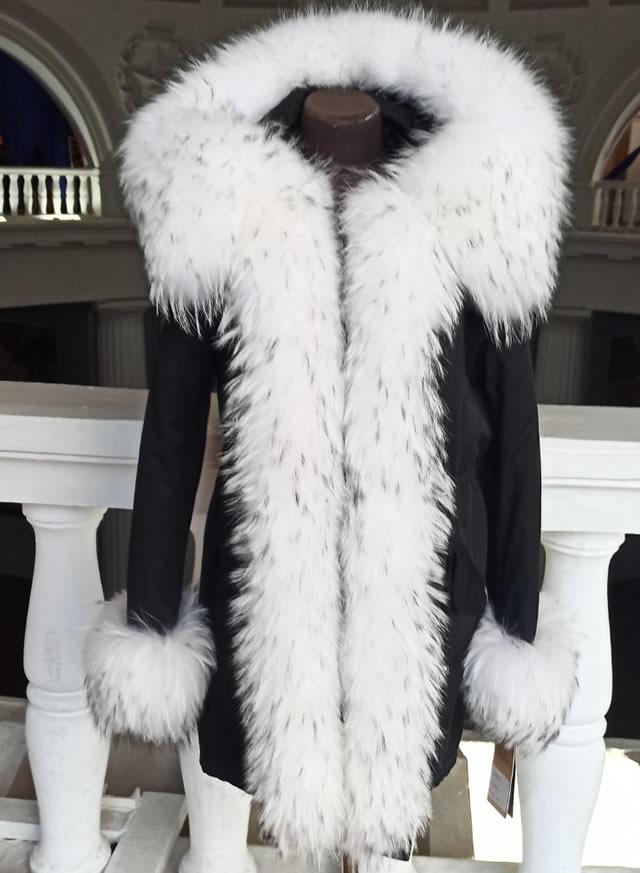 Купить парку женскую с мехом на ВДНХ в Киеве на выставке-ярмарке кожи и меха